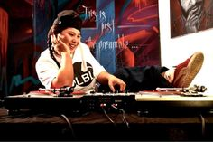 KCL – Groove Control PT 1  Heyhey Music Lovers, here´s your Superlative Friday Mix by KCL, Denmarks Djane number one.
