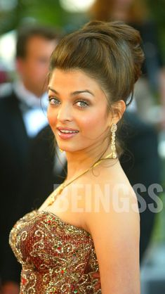 Aishwarya Rai Photo, Aishwarya Rai Bachchan, World Most Beautiful Woman, Beautiful Asian Girls, Beautiful Celebrities, Beautiful Actresses, Indian Girls, Indian Beauty, Bollywood Actress