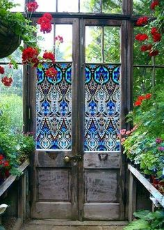 Stained glass window film (sticker material) from PURL Deco on old doors for a greenhouse. Garden Doors, Garden Gates, Garden Art, Garden Design, House Design, Glass Garden, Garden Ideas, Garden Entrance, Garden Cottage