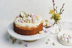 Helppo pääsiäiskakku Easter Deserts, Easter Food, Pavlova, Easter Recipes, Vanilla Cake, Tart, Sweet Treats, Goodies, Food And Drink