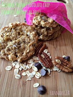Oatmeal Pecan Chocolate Chip Cookies (with Flax too!) #hannahsGFA #glutenfree #delicious