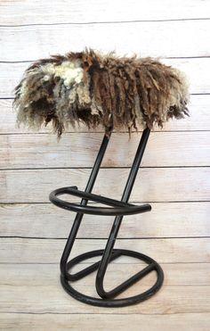 """Видео МК """"Интерьерный войлок. Комбинирование разнообразных флисов в одном валяном изделии: изготовление чашевидного чехла на сидение стула/оттоманки"""