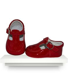 Spanish baby clothes | baby shoes | Red t-bar patent leather shoes |babymaC  - 1
