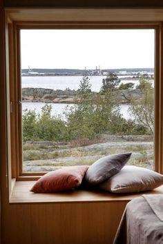 Nøktern perle: Hytta ble lagt så lavt som mulig i terrenget - Aftenposten