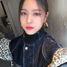 dedicated to female kpop idols. Kpop Girl Groups, Korean Girl Groups, Kpop Girls, K Pop, Cruise Fashion, Brown Eyed Girls, Fashion Show Collection, New Girl, Girl Crushes