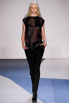 Sfilata Helmut Lang New York - Collezioni Autunno Inverno 2013-14 - Vogue