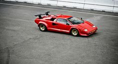 Countach, one of the only lambos I like