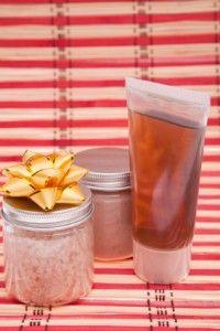 7 Homemade Hair Products including detangler, avacado hair lotion, tea rinse, homemade shampoo, and more!