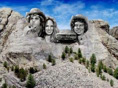 Dukes of Hazzard style. Classic Movie Stars, Classic Tv, Movies Showing, Movies And Tv Shows, Bo Duke, Dukes Of Hazard, Uncle Jesse, John Schneider, Catherine Bach