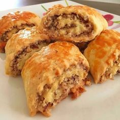 Fındıklı Rulo Kurabiye – Kurabiye – The Most Practical and Easy Recipes Tea Time Snacks, Pastry Recipes, Cake Recipes, Cooking Recipes, Turkish Recipes, Ethnic Recipes, Roll Cookies, Food And Drink, Biscotti