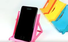 """DIY Phone Holder """"Lawn Chair""""...from popsicle sticks"""