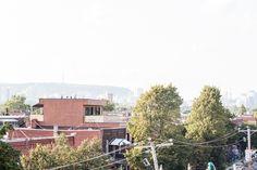 Le MUST TO HAVE de nos jours à Montréal : Une terrasse-Mezzanine. :) Real Estate Development, Mezzanine, D Day, Terrace