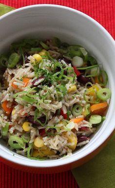 Knackiger Reissalat - leckerer Reissalat, der immer passt Salad Recipes, Healthy Recipes, Rice Noodles, Rice Dishes, Soup And Salad, Summer Recipes, Salads, Clean Eating, Food And Drink