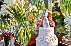 Bolo de casamento com poá | Bolo | Cake | Wedding Cake | Bolo Branco | White Cake | Bolo Clássico | Noivinhos | Topo de Bolo | Cake Top | Casamento | Wedding |  Inesquecível Casamento