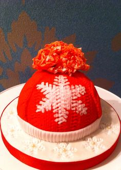 Christmas cake wooly hat