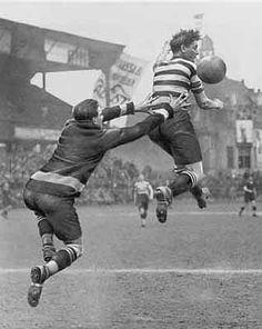 Footballers by Martin Munkacsi, 1928.