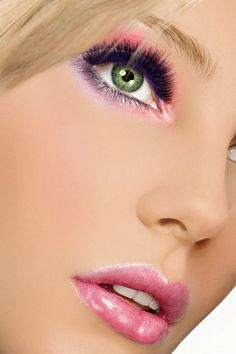 Perfect pink makeup look