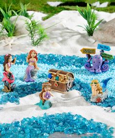 Add this magical under-the-sea set to your garden and create a whole miniature world in your backyard. Includes four mermaid figurines, a treasure chest and a directional octopus signPolystoneImported Indoor Fairy Gardens, Mini Fairy Garden, Miniature Fairy Gardens, Mini Gardens, Fairies Garden, Mermaid Under The Sea, The Little Mermaid, Garden Tree House, Fish Tank Terrarium