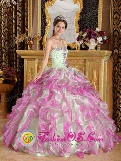 Quinceanera Dress Latest Fuchsia and Apple Green Organza With Appliques Sweetheart Ball Gown in Sacaba Bolivia Style QDZY249FOR