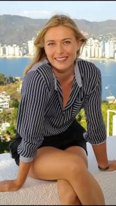 Golfer female sexy legs