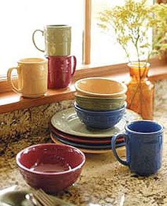 Amazing pottery, dishwasher, freezer, microwave and oven safe! You will not want anything else on your table. Mix and match colors to suit holidays and your decor! Kitchen Dishes, Kitchen Stuff, Kitchen Ideas, Dish Sets, Vintage Pottery, Eclectic Decor, Made In America, Creative Home, Decoration