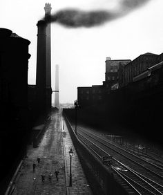 Bill Brandt: Halifax, use of black and white as well as the smoke giving the image a very ominous effect. Bill Brandt Photography, Urban Photography, Vintage Photography, Street Photography, Landscape Photography, Classic Photography, Man Ray, Image Paris, Black And White Artwork