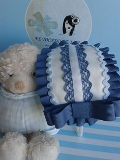 Azul                                                                                                                                                                                 Más Cute Hairstyles, Hair Bows, Headbands, Bed Pillows, Diy, Ideas, Sash Belts, Kids Fashion, Vintage Headbands