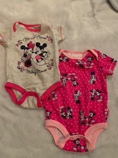 Baby Pink Clothes, Trendy Baby Girl Clothes, Baby Clothes Online, Newborn Outfits, Girl Outfits, Cute Babies Newborn, Girls Sleepover Party, Baby Girl Strollers, Cute Baby Pictures