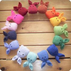 Catnip Bunnies--free knitting pattern--great idea for using up yarn scraps : ) Crochet Amigurumi, Knit Or Crochet, Crochet Toys, Free Crochet, Doilies Crochet, Crochet Braid, Simple Crochet, Tunisian Crochet, Crochet Crafts