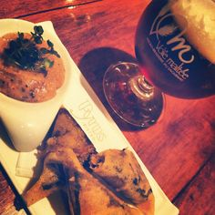 Samossas de boudin Maison et bière de la micro brasserie LaVoieMaltée