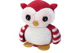 Crocheted Valentine Owl by AdrialysHC on Etsy, $35.00