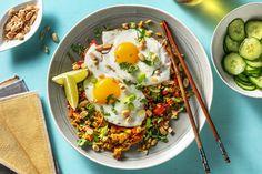 Deel me op Pinterest Nasi Goreng, Cobb Salad, Fresh, Ethnic Recipes, Food, Dish, Recipes, Cilantro, Essen