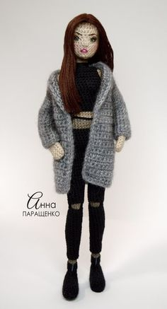 The Best of Amigurumi Free Patterns. Hello our crochet lovers! Today we start to present all the best amigurumi ideas which Amigurumi Do Zero Christmas Crafts – Who wants a free crochet pattern? Crochet Dolls Free Patterns, Crochet Doll Pattern, Crochet Toys, Knit Crochet, Crochet Doll Tutorial, Pretty Dolls, Crochet Videos, Sewing Toys, Knitted Dolls