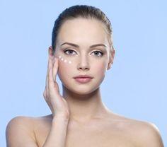 Contour des yeux : 25 soins contour des yeux efficaces. Découvrez notre sélection de soins contour des yeux.