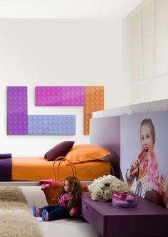 La empresa italiana Scirocco presentado un nuevo radiador decorativo casa donde se combina la innovación técnica con el diseño y con las ganas de divertirse y seguir divirtiéndose. Diseñado por el arquitecto Marco Baxadonne, Brick