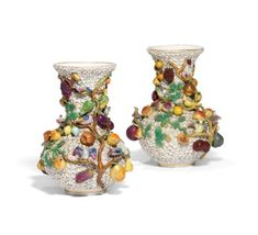 A PAIR OF CONTINENTAL PORCELAIN FLOWER-ENCRUSTED VASES MID-19TH CENTURY, POSSIBLY JACOB PETIT, SPURIOUS BLUE CROSSED SWORDS MARKS