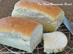 One Hour Homemade Bread - Mix it up, shape the loaves, and just one rise then bake. Delicious tender white bread ready for an after school snack or dinner. Bread Bun, Bread Rolls, Yeast Bread, Yeast Rolls, Yeast Free Breads, Bread Starter, Bread Machine Recipes, Dinner Rolls, Sweet Bread