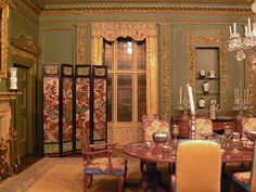 Miniature dining room by Benimoto, via Flickr