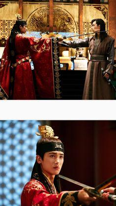 Park hyung shik n Park seo joon Park Hyung Sik Hwarang, Park Hyung Shik, V Hwarang, Goblin, Korean Drama Movies, Korean Dramas, Park Seo Jun, Seo Joon, Kdrama Actors