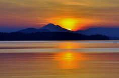 david donaldson      Sidney, British Columbia          Awesome sunrise at Rothesay beach access today.Beautiful Sidney by the sea.