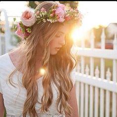 Flower wreath and GORGEOUS hair!!!! #hair