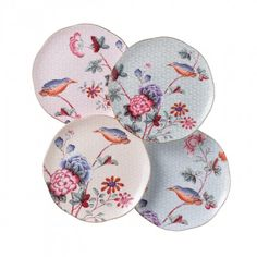 The Cuckoo fine bone china afternoon tea set, inspired by Wedgwood archives, introduced in 2010 portrays Chinese flowers and birds, with a gold banding. Teller Set, Chinese Flowers, Serveware, Tableware, Kitchenware, Plate Display, Home Living, Wedgwood, Fine China