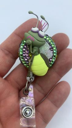 Clay Projects, Clay Crafts, Swipe Card, Pasta Flexible, Tiana, Id Holder, Cold Porcelain, Badge Reel, Keychains