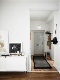 Simple, refined and personal apartment in Gothenburg - NordicDesign