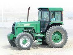 Spirit of OLIVER FWD Antique Tractors, Vintage Tractors, Old Tractors, Tractor Cabs, White Tractor, Mario Silva, Tractor Photos, Rubber Tires, Heavy Equipment