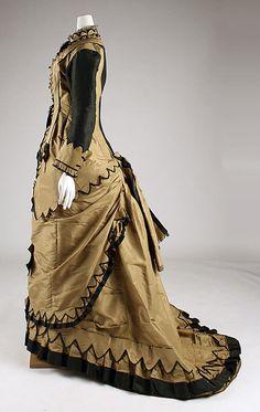 1879-81 American Silk Dress