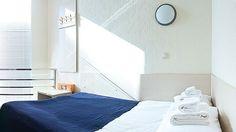 capsule hotel - Google 検索