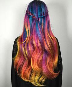 Blue flame hair by Guy Tang. He's a hair genius. Guy Tang Hair, Flame Hair, Lavender Hair Colors, Hair Colours, Coloured Hair, Coloured Braids, Bright Hair, Colorful Hair, Cool Hair Color
