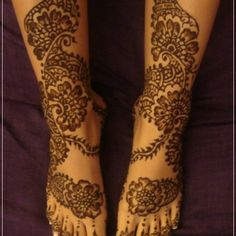 Mehndi Designs for Feet and Legs., #mehndidesigns, #mehendi, #mehndi, #feetmehndifeet, #legsmehndi, #hennadesigns