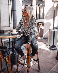 Casual Work Outfits, Professional Outfits, Mode Outfits, Fall Outfits, Fashion Outfits, Womens Fashion, Ripped Jeans Style, Mode Style, Casual Looks